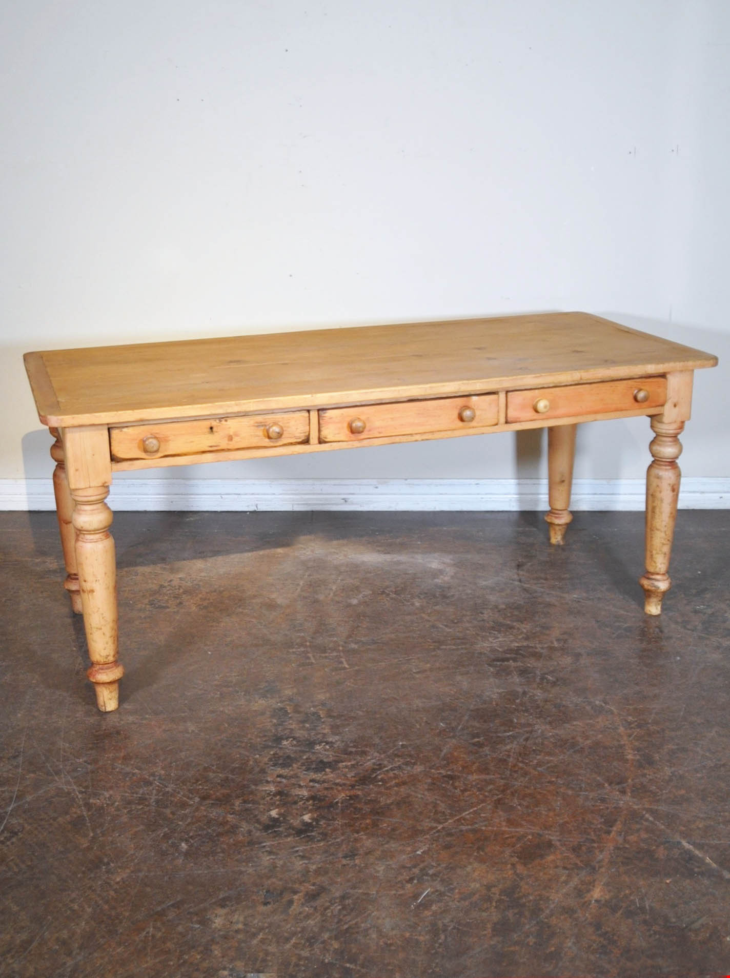 Remarkable Antique Farm Table With Three Drawers And Turned Legs Machost Co Dining Chair Design Ideas Machostcouk